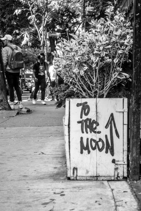 To the Moon, New York City